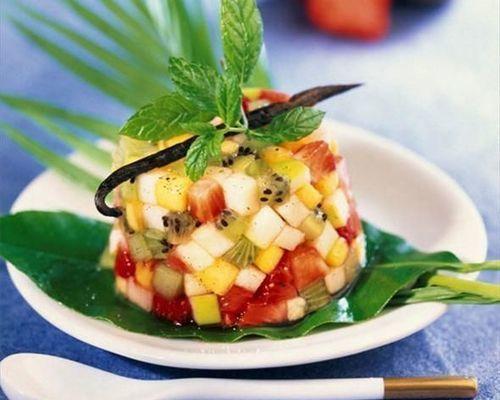 Salade de fruits frais à la menthe